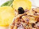 Рецепта Зелева салата с пилешко месо и ананас